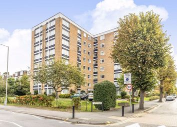 3 bed flat to rent in Anglers Reach, Grove Road, Surbiton KT6