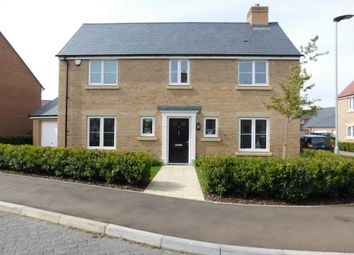 Thumbnail 4 bedroom detached house for sale in Hawthorn Croft, Stotfold, Herts