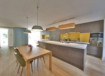 Thumbnail 3 bed property for sale in Darnley Road, Hackney
