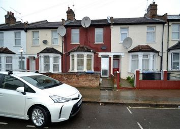 Thumbnail 1 bed flat to rent in Ilex Road, London