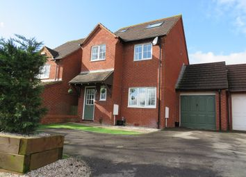 4 bed link-detached house for sale in Pennine Way, Swindon SN25
