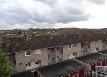 2 bed flat to rent in Roseholme, Maidstone ME16