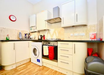 Thumbnail 2 bed flat to rent in Aldrington Road, Wandsworth
