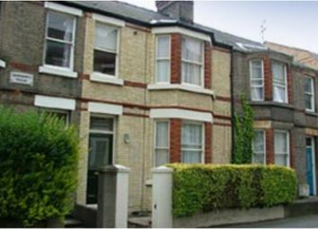Thumbnail 1 bed flat to rent in Warkworth Street, Cambridge