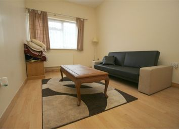 Thumbnail 2 bed flat to rent in Avon Way, London