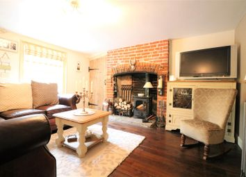 Thumbnail 1 bed cottage to rent in North Street, Sheldwich, Faversham