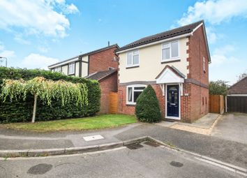 3 bed detached house for sale in Hawkfields, Luton LU2