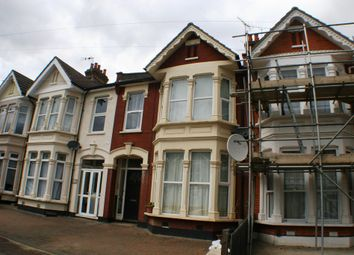 Thumbnail 1 bedroom flat to rent in Wimborne Road, Southend-On-Sea