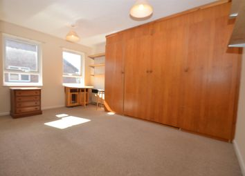 Thumbnail Studio to rent in Clementine Close, Ealing