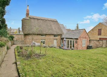 Thumbnail 2 bed cottage for sale in Thorpe Road, Chacombe, Banbury