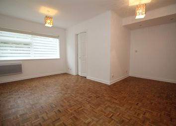 Thumbnail Studio to rent in Mentmore Court, Stanmore