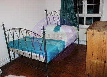 Thumbnail Room to rent in 22 Reardon House, Reardon Street, Wapping