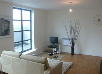Thumbnail 3 bed flat to rent in Commercial Road, Zenith