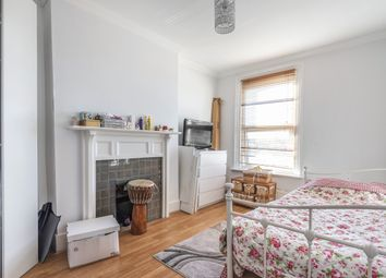 3 bed flat for sale in Mackenzie Road, Beckenham BR3