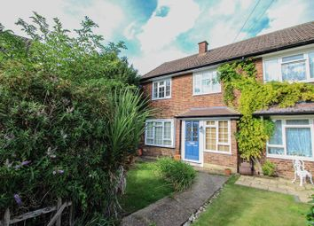 3 bed terraced house to rent in The Roundway, Claygate, Esher KT10