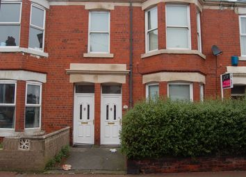 Thumbnail 3 bed flat to rent in Simonside Terrace, Newcastle Upon Tyne