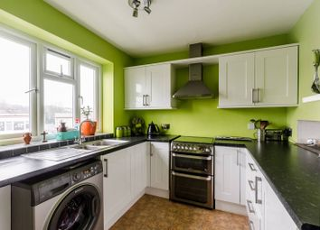 Thumbnail 3 bed flat to rent in Bromley Road, Beckenham Hill