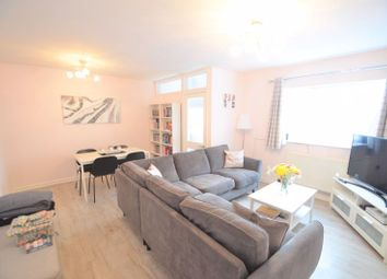 Dorchester Road, Weymouth DT4. 2 bed flat for sale