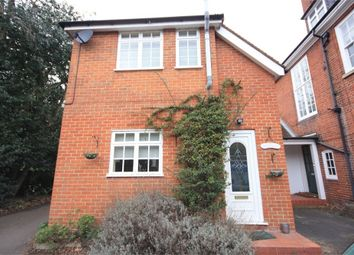 Thumbnail 2 bed cottage to rent in Chislehurst Road, Bromley, Kent