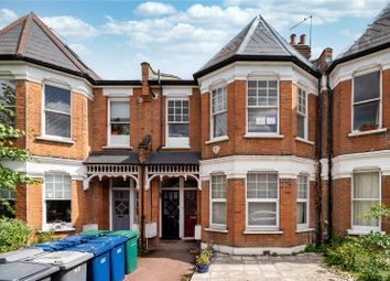 3 bed maisonette for sale in Sedgemere Avenue, London N2