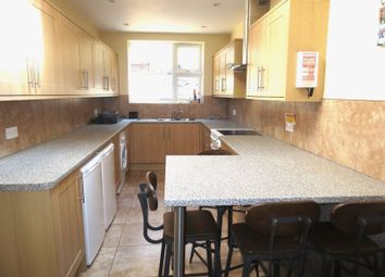 Thumbnail 6 bed terraced house to rent in Riley Road, Brighton