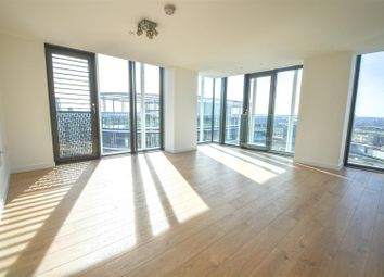 Thumbnail 2 bed flat to rent in Stratosphere Tower, Great Eastern Road