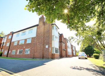 Thumbnail 3 bedroom flat to rent in Mount Avenue, Ealing