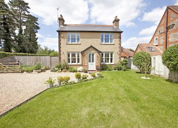 Thumbnail 3 bed cottage to rent in Featherbed Lane, Holmer Green