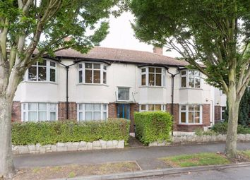 2 bed maisonette to rent in Bishops Close, London E17