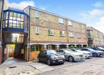 Woodstock Crescent, Basildon SS15. 1 bed flat