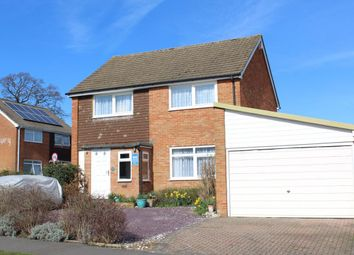 Thumbnail 4 bedroom detached house for sale in Willow Way, Farnham