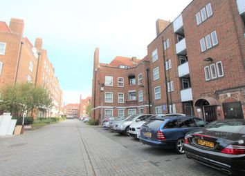 Lynmouth Road, London N16. 2 bed flat