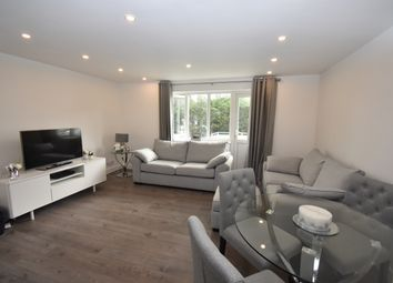 Thumbnail 2 bed flat to rent in Alma Road, Sidcup