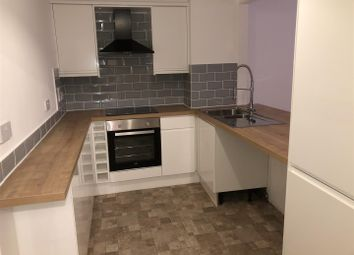 2 bed flat to rent in Dickinson Street, Manchester M1