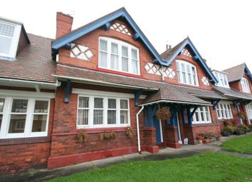 Thumbnail 2 bed cottage for sale in Primrose Hill, Wirral