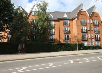 Thumbnail 2 bed flat to rent in Prebend Street, Bedford