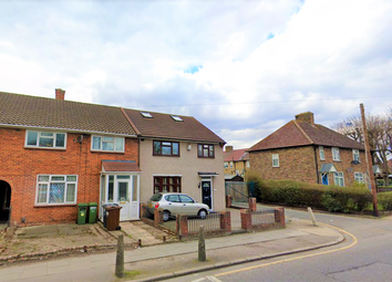 1 bed flat to rent in Gale Street, Dagenham RM9