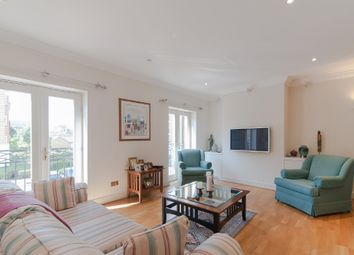 4 bed semi-detached house to rent in Trinity Church Road, Barnes, London SW13