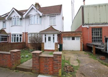 Thumbnail 3 bed property to rent in Orchard Gardens, Hove