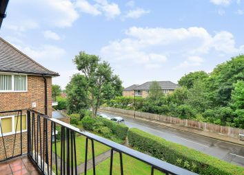 Thumbnail 2 bed flat for sale in Queens Walk, Ealing, London