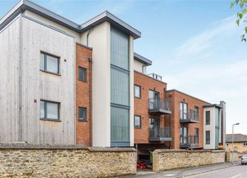 Thumbnail 2 bedroom flat for sale in Crescent Road, Cowley, Oxford