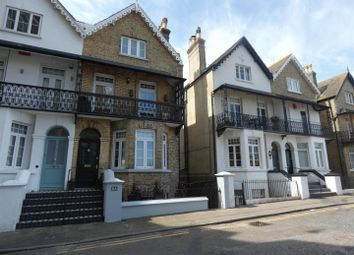 2 bed property to rent in Queens Gardens, Broadstairs CT10