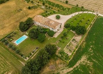 Thumbnail 4 bed farmhouse for sale in 84460 Cheval-Blanc, France
