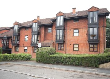 Thumbnail 2 bed flat to rent in Midhope Road, Hook Heath, Woking