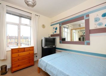 Thumbnail 4 bed property to rent in Ashvale Road, Tooting