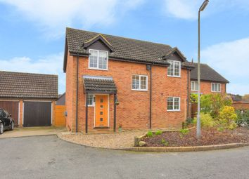 Thumbnail 3 bed detached house for sale in Highview Gardens, Sandridge, St.Albans