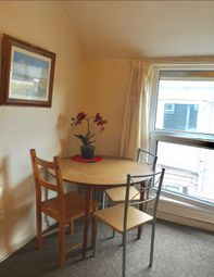 Thumbnail Room to rent in 21 Richardson Street, Swansea
