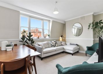 Halton Road, London N1. 1 bed flat