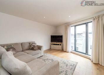 Thumbnail 2 bed flat for sale in 1 Royal Crescent Road, Southampton, Hampshire