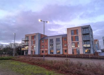 2 bed flat to rent in Snowdrop Drive, Emersons Green, Bristol, South Gloucestershire BS16